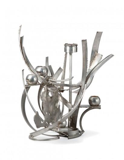 """""""Bougeoir"""" d'Albert Feraud  Centre de Table  circa 1970  Acier soudé  signé «A. Feraud» sur la base  pièce unique     DIMENSIONS: 36 x 48 x 33 cm"""