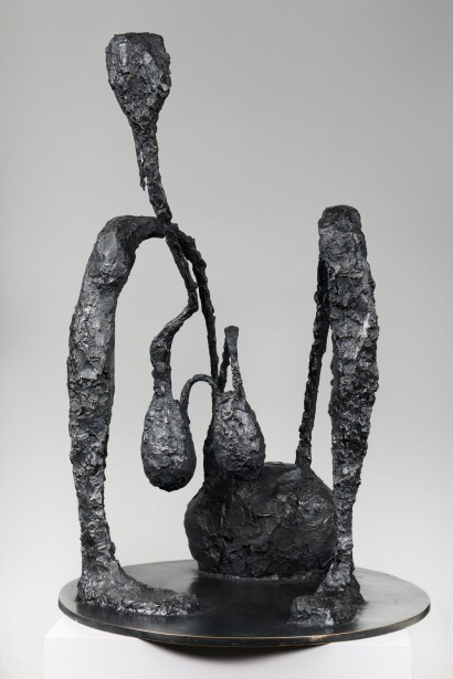 Robert COUTURIER  (1905-2008)  «Mc DO»  1999  Bronze à patine brune  Cachet de fondeur TEP, Grèce  93 x 63 x 63 cm