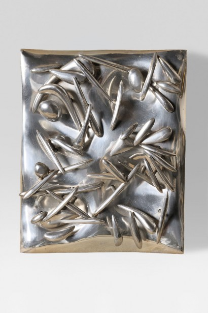 Etienne HAJDU (1907-1996)     Bas-relief  1968     Aluminium  Pièce unique