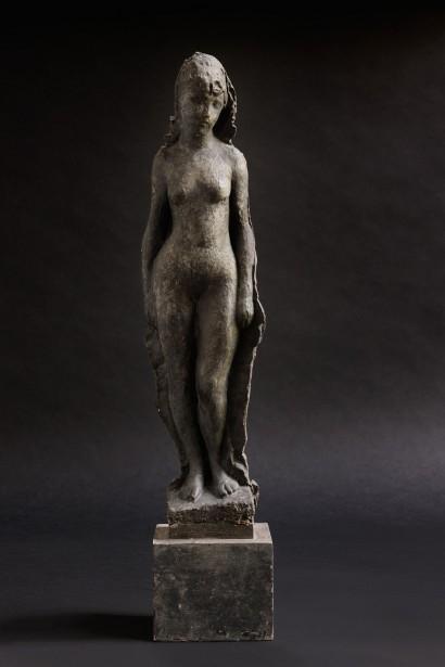 JEAN OSOUF  (1898-1996)  « Baigneuse Coralie »  1938 Plâtre patiné 47 x 11,5 x 7,5 cm