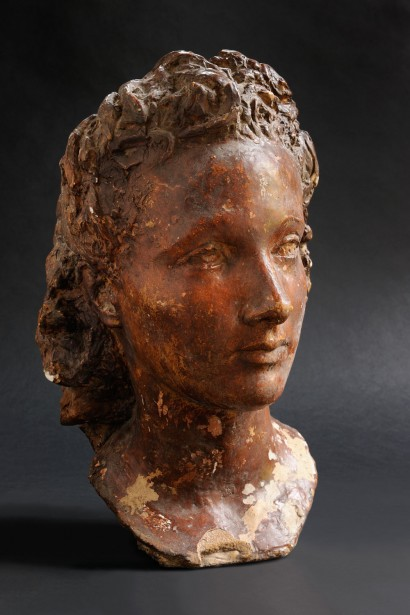 Jean Osouf (1898 – 1996)     «Antoinette» 1944-1945     terre cuite signée 38 x 25 x 26 cm