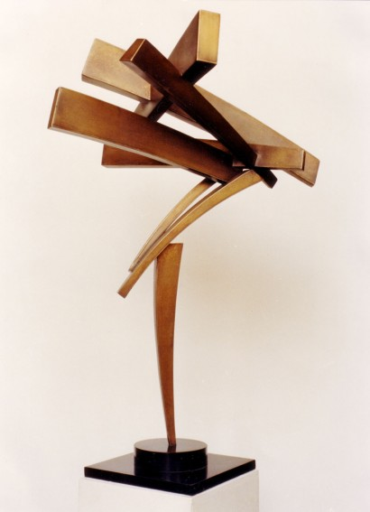 """""""Trajectoires"""" de Claude Mercier  laiton (brass)  1983  85 x 45 x 40 cm"""