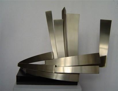 """""""Nautivole"""" de Claude Mercier  Maillechort (nickel silver)  1988  50 x 70 x 35 cm  Bibliographie : -Marie-Odile Van Caeneghem, """"Quand le métal fait signe"""", Somogy Editions d'Art, avril 2009 (reproduit p. 169)"""