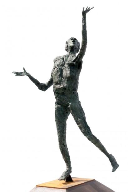 """""""Le Grand Ardent"""" de Roseline Granet  2009  Bronze  Pièce unique  196 x 156 x 72 cm"""