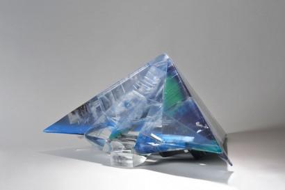 2009 Méthacrylate de méthyle pièce unique 74 x 73 x 41 cm
