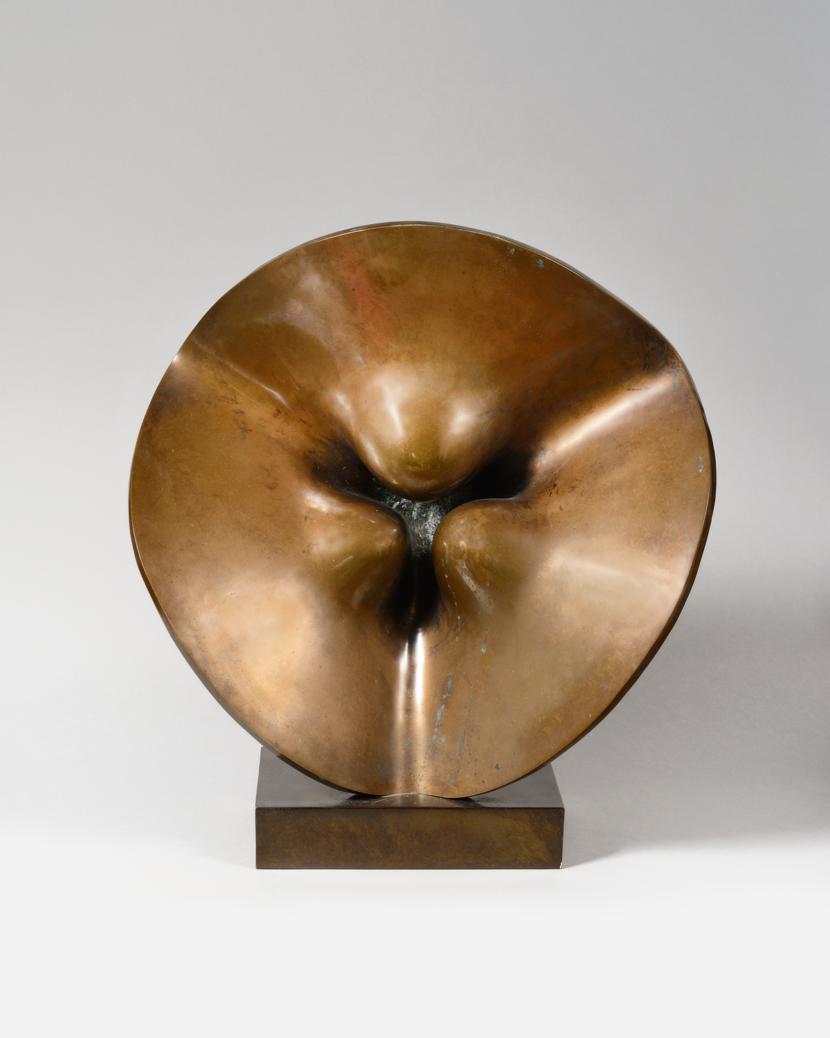 SITE-THOMAS-dHOSTE-Ondine-bronze-44-x-44-x-20-cm.png